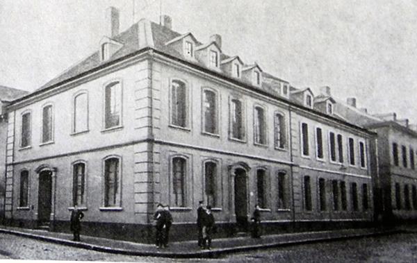 Das Stammhaus in Saarbrücken