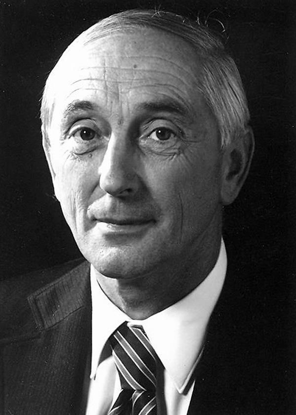 Helmut Hütten