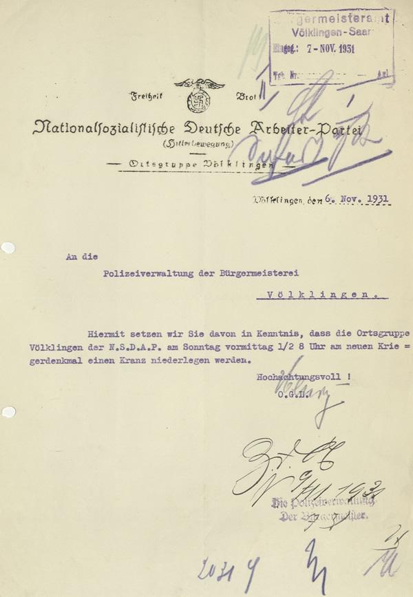 Gesuch der NSDAP-Ortsgruppe Völklingen wegen Niederlegung eines Kranzes am Kriegerdenkmal in Völklingen vom 6. November 1931.