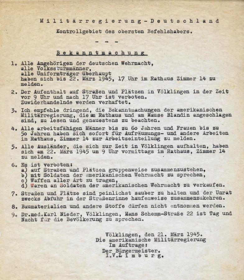 Anweisung der Militärverwaltung, in der u. a. Ausländer aufgefordert wurden, im Rathaus vorstellig zu werden.